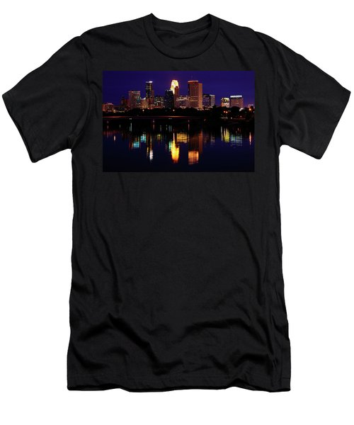 Minneapolis Twilight Men's T-Shirt (Athletic Fit)