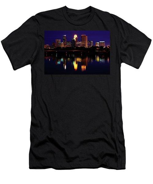 Minneapolis Twilight Men's T-Shirt (Athletic Fit)
