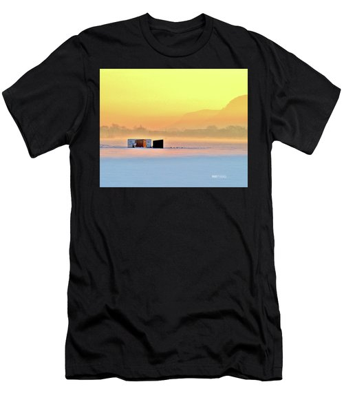 Minnesota Sunrise Men's T-Shirt (Athletic Fit)