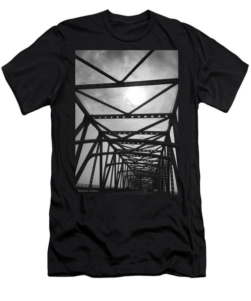 Mississippi River Bridge Men's T-Shirt (Athletic Fit)