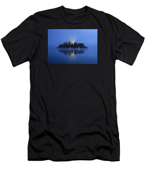 Misty Morning Lake Bled Slovenia Men's T-Shirt (Athletic Fit)