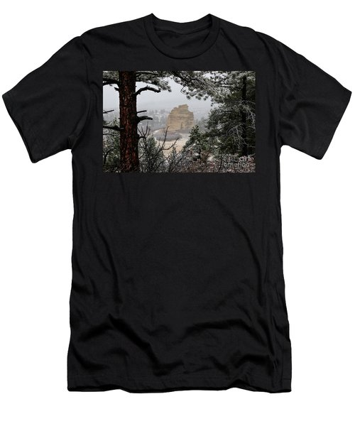Monument Rock In The Snow Men's T-Shirt (Slim Fit)
