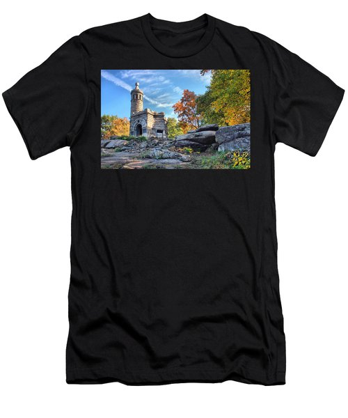 Monument To The 44th Men's T-Shirt (Athletic Fit)