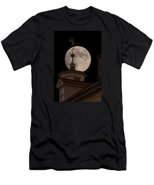 Moon Over Mount Vernon Men's T-Shirt (Athletic Fit)