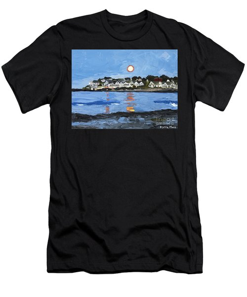 Moon Over York Beach Men's T-Shirt (Athletic Fit)
