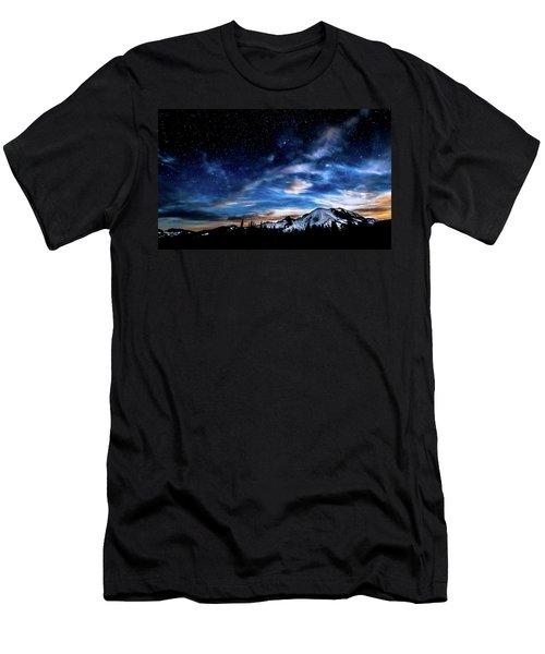 Moon Setting Behind Mt Rainier  Men's T-Shirt (Athletic Fit)