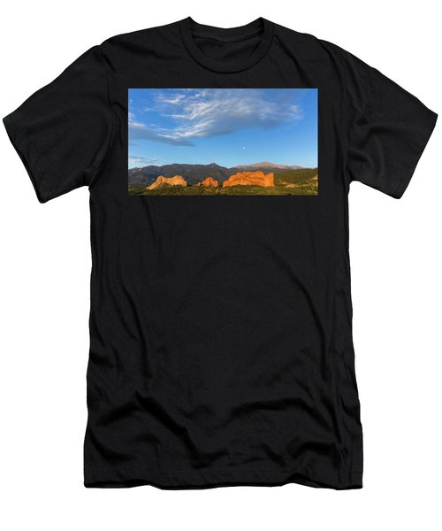 Moonset At Dawn Over Garden Of The Gods Men's T-Shirt (Athletic Fit)