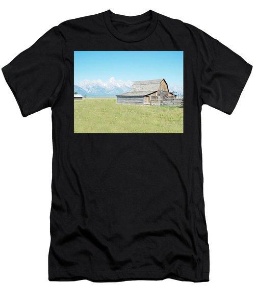 Mormon Row Barn - Grand Tetons Men's T-Shirt (Athletic Fit)