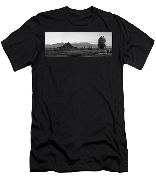 Mormon Row Sunset Panorama Bw Men's T-Shirt (Athletic Fit)