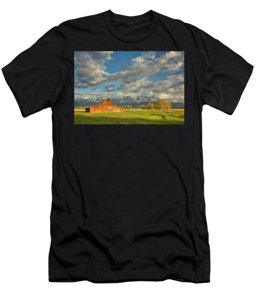 Morning Light On Moulton Barn Men's T-Shirt (Athletic Fit)