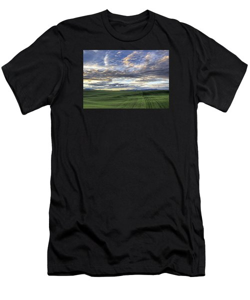 Moscow Mtn Sunset Men's T-Shirt (Athletic Fit)