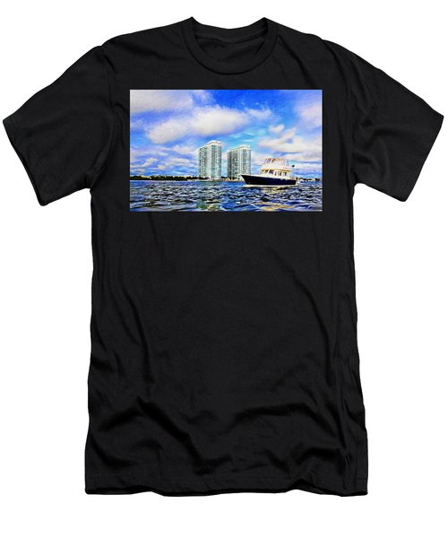 Motoring Past The Marina Grande Men's T-Shirt (Athletic Fit)