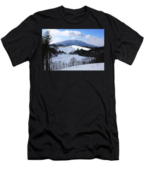 Mount Jefferson Winter Men's T-Shirt (Slim Fit) by Dale R Carlson