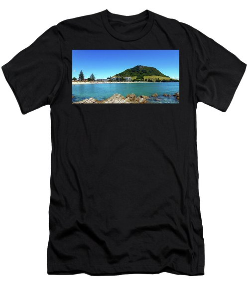 Mount Maunganui Beach 10 - Tauranga New Zealand Men's T-Shirt (Athletic Fit)