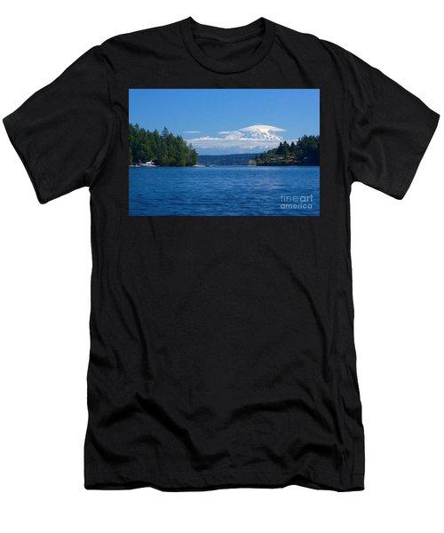 Mount Rainier Lenticular Men's T-Shirt (Athletic Fit)