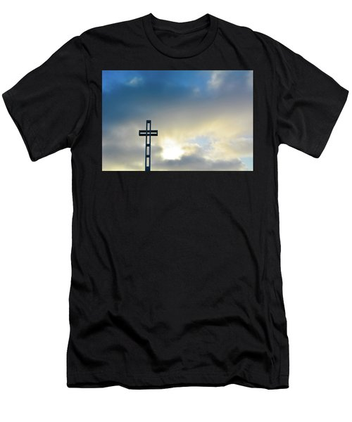 Mount Soledad La Jolla Cross Men's T-Shirt (Athletic Fit)