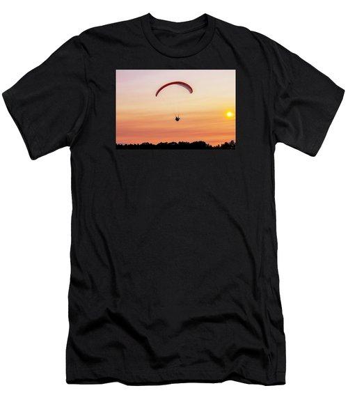 Mount Tom Parachute Men's T-Shirt (Athletic Fit)