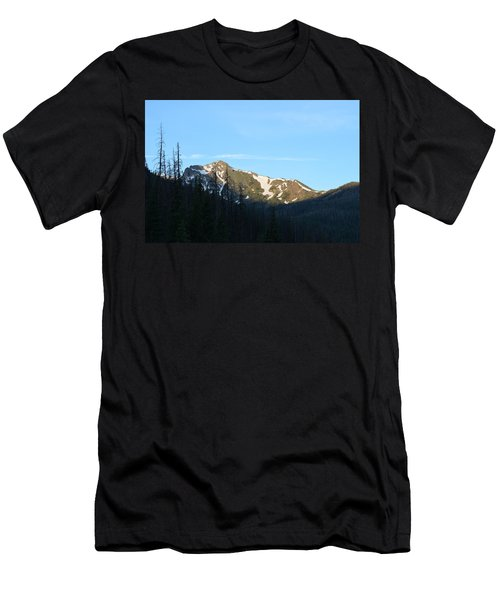 Mountain In Rocky Mountian Np Co Men's T-Shirt (Athletic Fit)