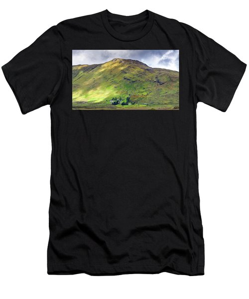 Mountains Of Ireland Men's T-Shirt (Athletic Fit)