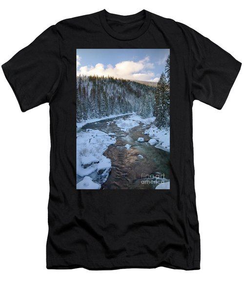 Moyie Winter Men's T-Shirt (Athletic Fit)