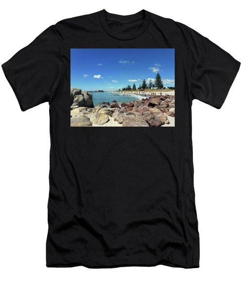 Mt Maunganui Beach 3 - Tauranga New Zealand Men's T-Shirt (Athletic Fit)
