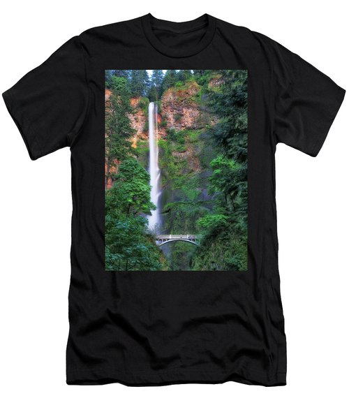 Multnomah Falls Portland Oregon Men's T-Shirt (Athletic Fit)