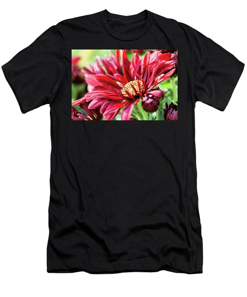 Mum's The Word IIi Men's T-Shirt (Athletic Fit)
