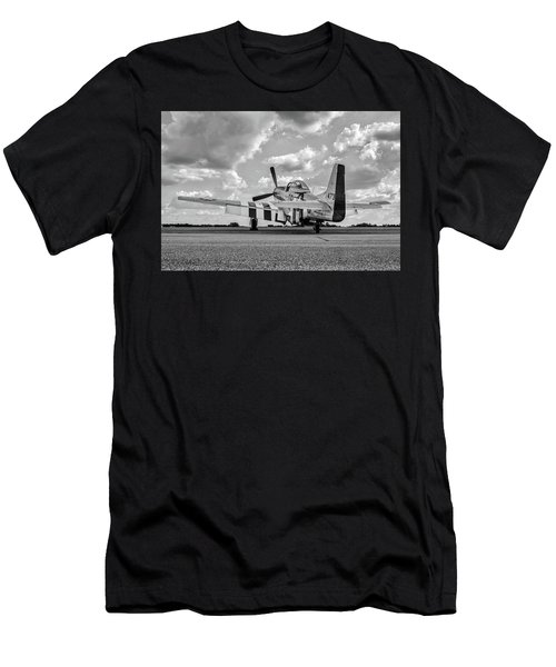 Mustang On The Ramp Men's T-Shirt (Athletic Fit)
