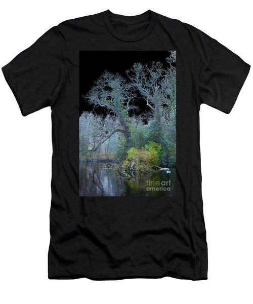 Mystical Wintertree Men's T-Shirt (Slim Fit)