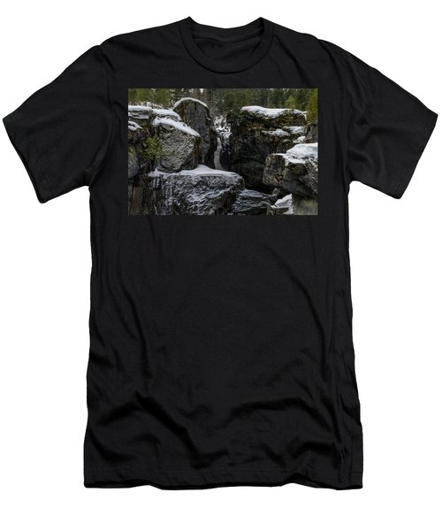 Nairn Falls, Winter Men's T-Shirt (Athletic Fit)