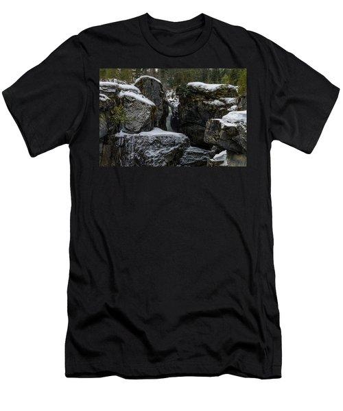Nairn Falls, Winter Men's T-Shirt (Athletic Fit)