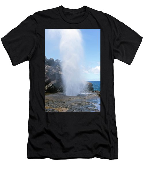 Nakalele Blowhole Men's T-Shirt (Athletic Fit)