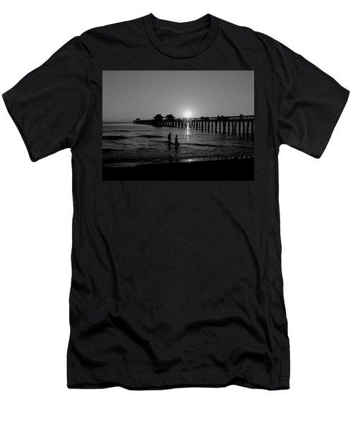 Naples Florida Pier Sunset Men's T-Shirt (Athletic Fit)