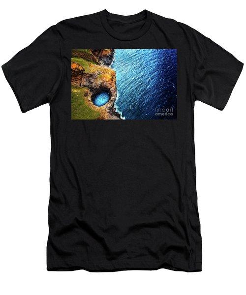 Napali Coast Men's T-Shirt (Athletic Fit)