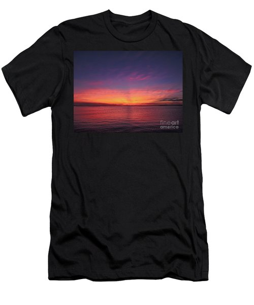 New Jersey Shore Sunset Men's T-Shirt (Athletic Fit)