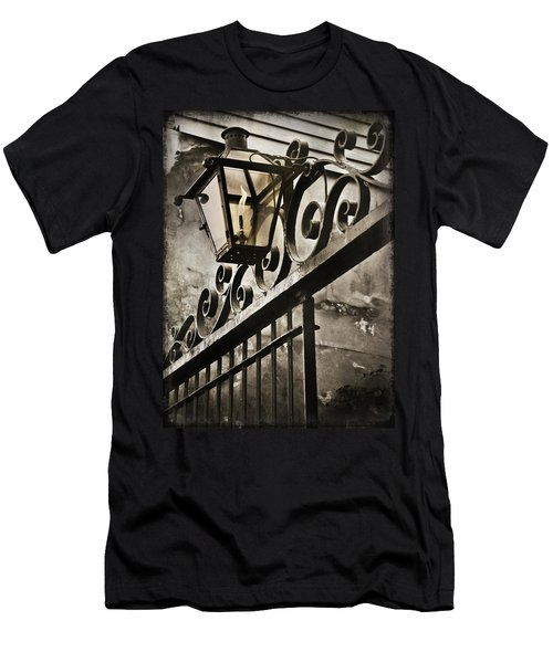 New Orleans Gaslight Men's T-Shirt (Athletic Fit)