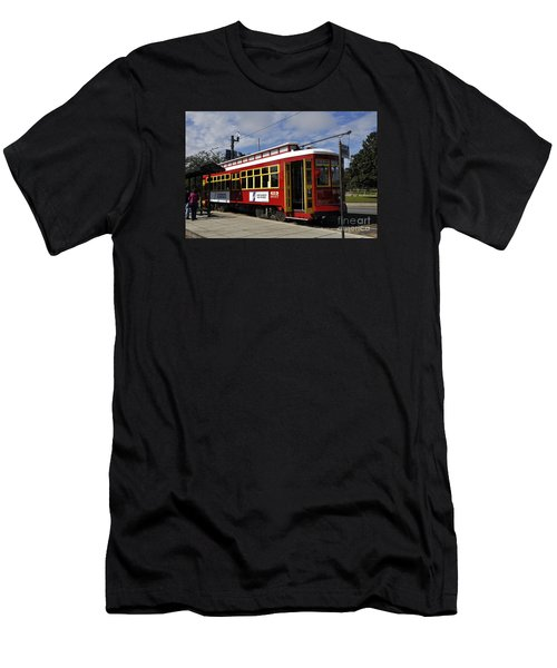 New Orleans Street Car Men's T-Shirt (Athletic Fit)