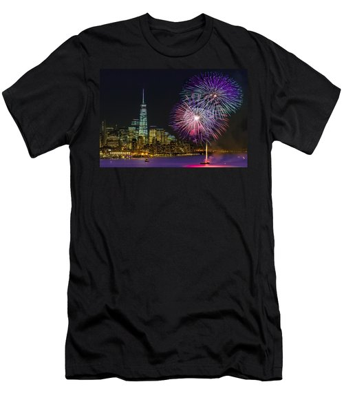 New York City Summer Fireworks Men's T-Shirt (Athletic Fit)