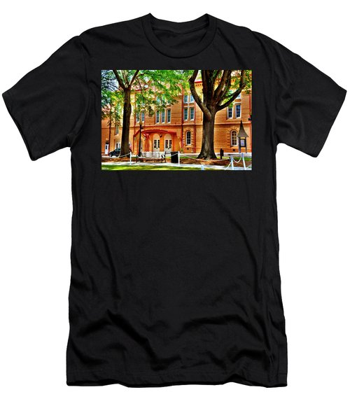 Newberry Opera House Newberry Sc Men's T-Shirt (Athletic Fit)