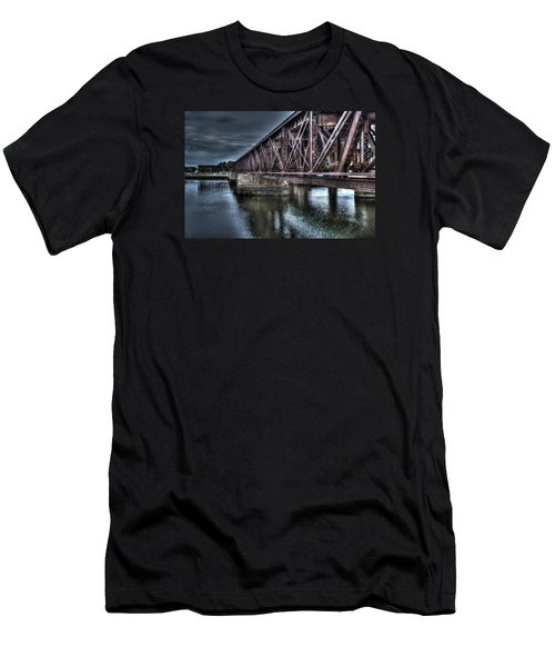 Newburyport Train Trestle Creative Men's T-Shirt (Athletic Fit)