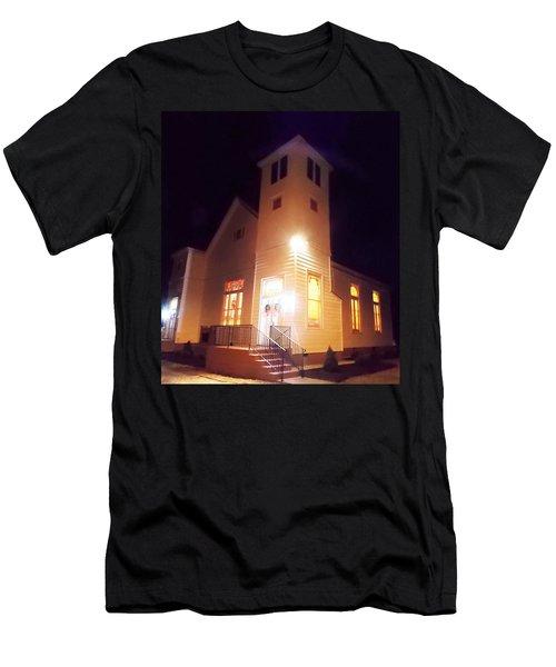 Night Exterior Men's T-Shirt (Athletic Fit)
