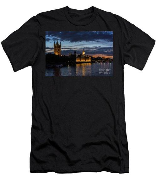 Night Parliament And Big Ben Men's T-Shirt (Athletic Fit)