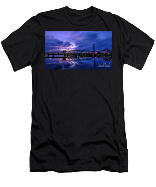 Night Swing Bridge Men's T-Shirt (Athletic Fit)