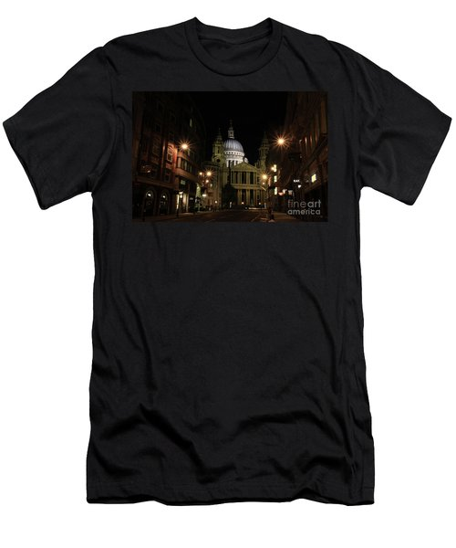 Night View Of St Pauls Cathedral  Men's T-Shirt (Athletic Fit)