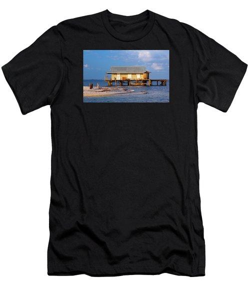 North Captiva Island Last Stilt House Standing Men's T-Shirt (Athletic Fit)