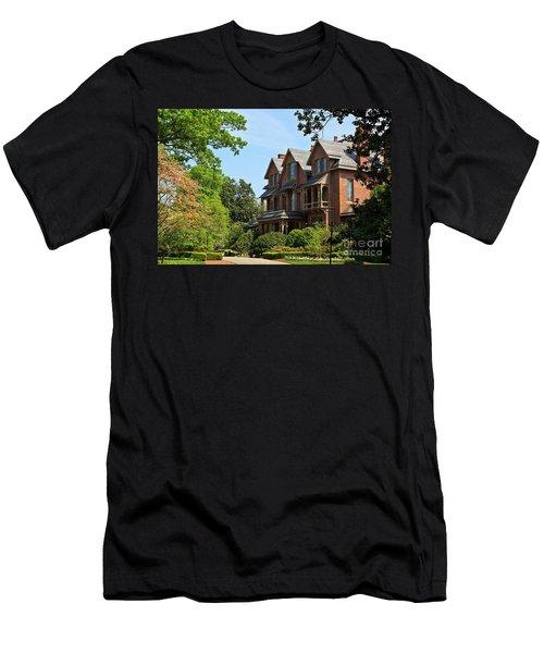 North Carolina Executive Mansion Men's T-Shirt (Athletic Fit)