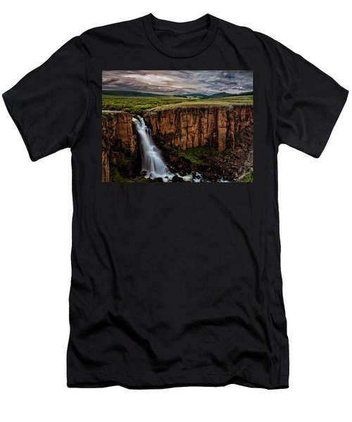 North Clear Creek Falls Men's T-Shirt (Athletic Fit)