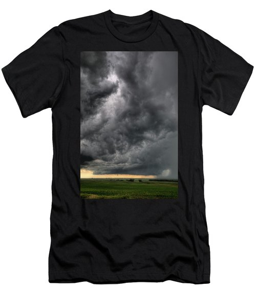 North Dakota Thunderstorm Men's T-Shirt (Athletic Fit)