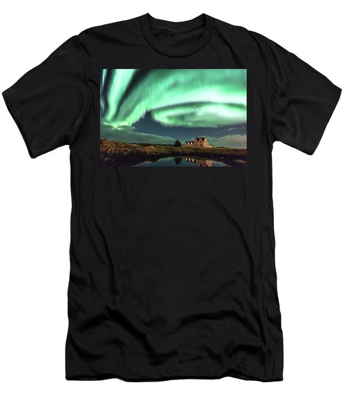 Northern Lights Men's T-Shirt (Slim Fit) by Frodi Brinks