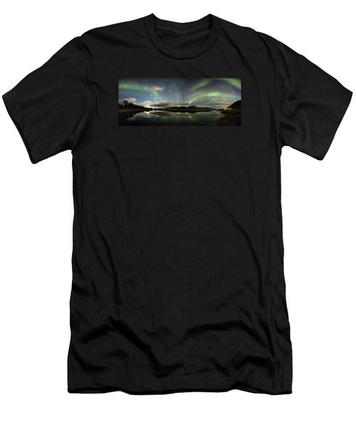 Northern Lights Panorama Men's T-Shirt (Athletic Fit)